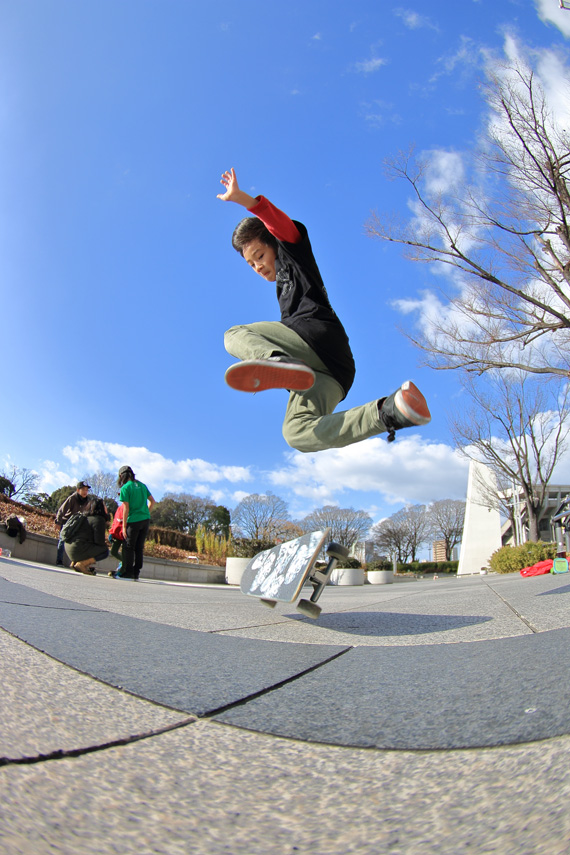 Yuzuki Kawasaki freestyle skateboader in JAPAN