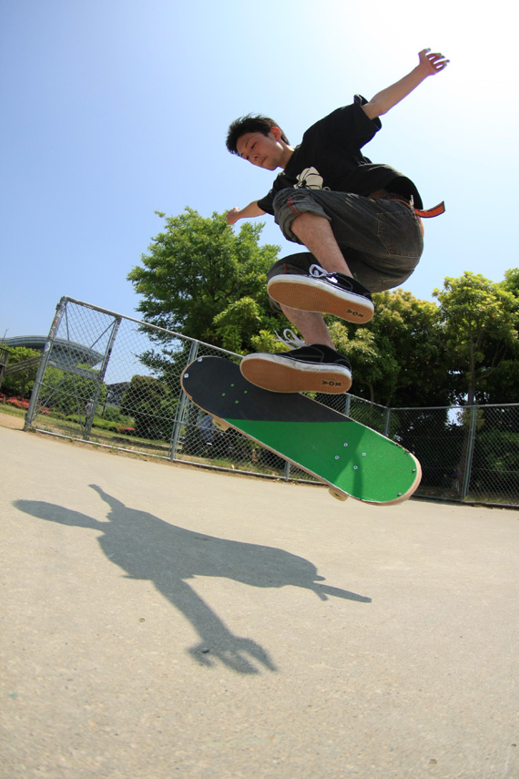 フリースタイル スケートボーダー 神奈川 聡