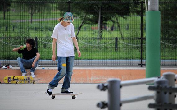 ガールズ フリースタイル スケートボーダー Jun